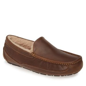 UGG Ascot Brown Leather Slip On Slippers Size 9